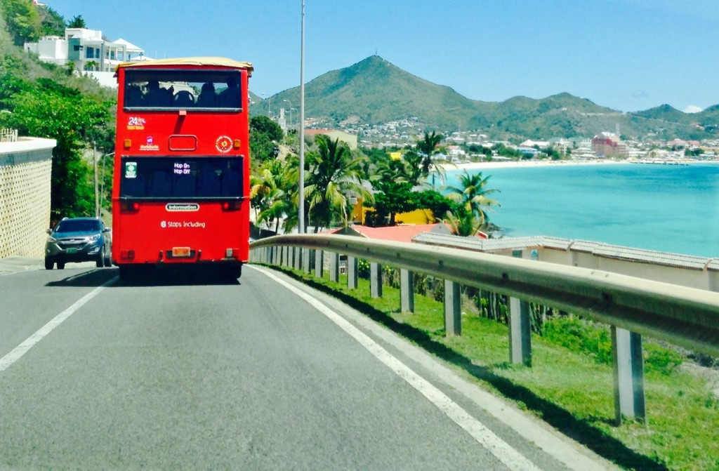 bus220316
